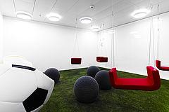 Playground - Brainstormings in kreativer Umgebung. Mit Whiteboardwänden die magnetisch sind, sind der Kreativität keine Grenzen gesetzt