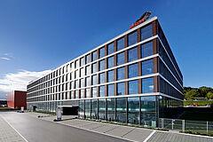 Das Bild zeigt den Businesspark in Sursee - Hauptsitz in der Bison Schweiz AG